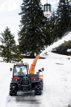 Aebi TT280 Snowblower_018